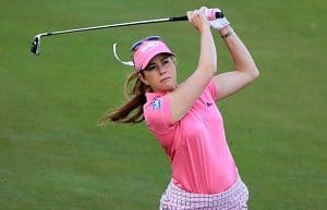 women golfer